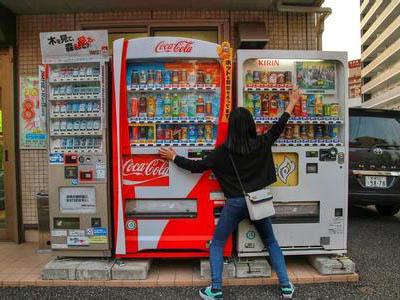 """被新华都收购,友宝在线放弃了独立IPO,新三板""""自动贩卖机第"""